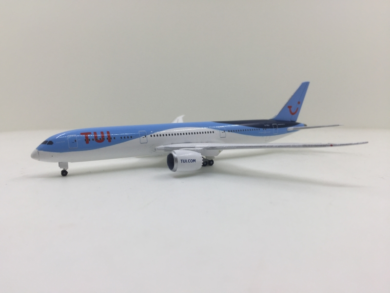 1:500 TUI Airways B787-9