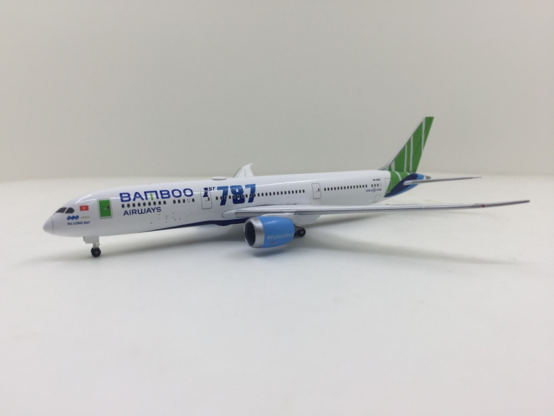 1:500 Bamboo Airways B787-9