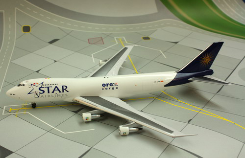 1:400 Star Airlines B747-20 ...